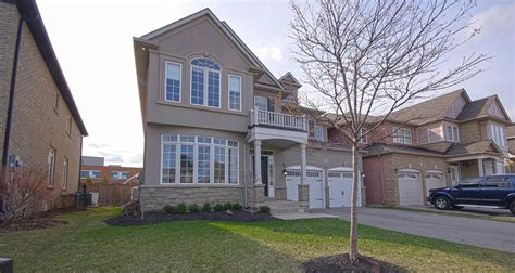 oakville luxury homes luxury homes for sale in oakville ferris rafauli luxury