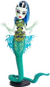 monster monster scarrier reef glowsome ghoulfish frankie stein doll
