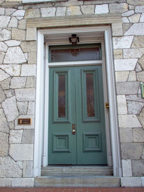 Diy Fall Spruce Up Of Your Front Door With Color Diy Front Door Color
