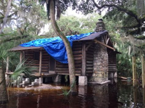 Myakka River State Park Cabins by Myakka River State Park Lifts Log Cabins To New Level