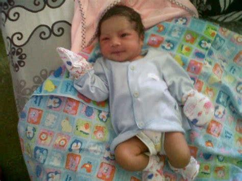 Baju Bayi Baru Lahir Lucu galeri foto lucu dan imut bayi bayi baru lahir dari rahim