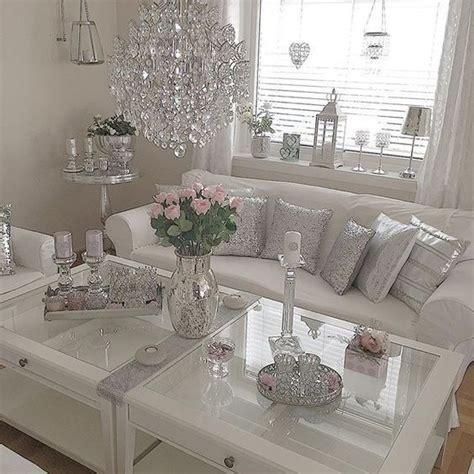 Rhinestone Bedroom Decor by Decoracion De Salones Salas Con Accesorios Plateados