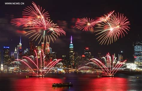 new year 2017 new york 2017 new year fireworks cruise at circle line