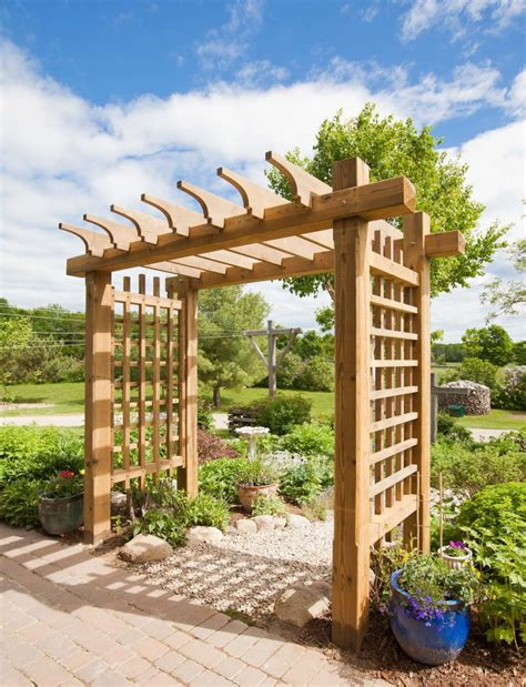 outdoor woodworking project tips