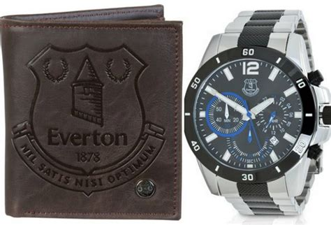 top 10 christmas gifts for everton fans liverpool echo