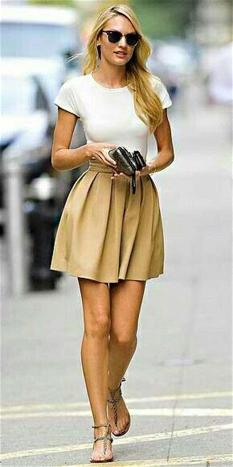Classic Bodycone Dress Minimal 25 best ideas about professional fashion on