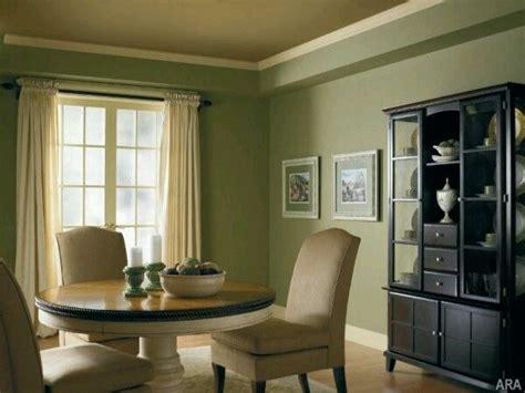 decoracion de interiores en verde olivo  militar