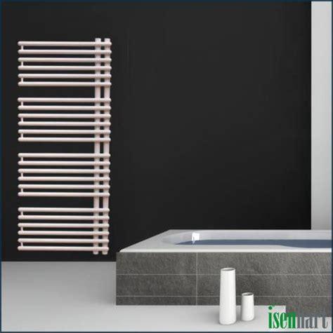 badezimmer radiator seitlich offener badheizk 246 rper lorcc badezimmer