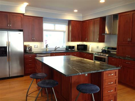 cherry oak cabinets kitchen brown granite countertop on cherry oak wood kitchen