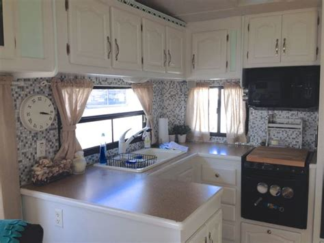 great ideas for decorating a cer or rv she used gel