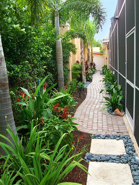 small landscaped gardens ideas 25 landscape design for small spaces landscaping side