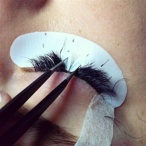 How To Apply Eye Lash Extensions by Eyelash Extensions Popsugar Australia
