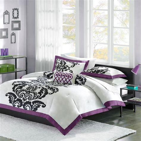 purple damask bedding 1000 images about purple bedroom ideas on pinterest