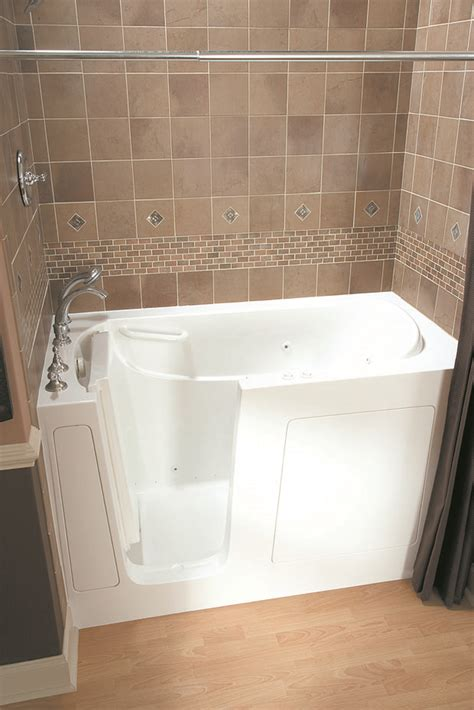 bathtubs for seniors bathtubs for seniors 28 images walk in tubs for