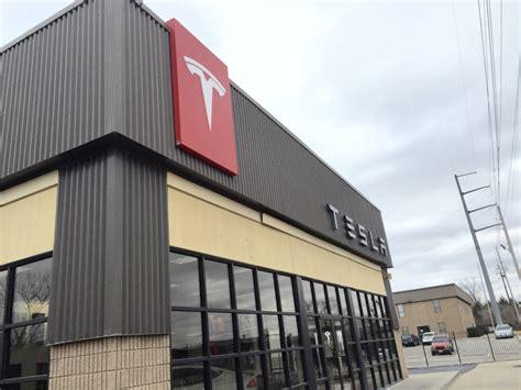 Tesla Closes Missouri Stores As It Awaits Jan 4 Court