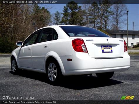2005 Forenza Suzuki 2005 Suzuki Forenza S Sedan In Absolute White Photo No