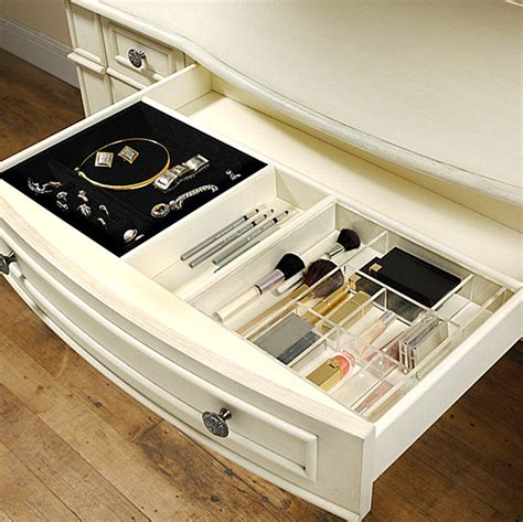 Organizing Drawers by 23 Tremendous Makeup Organizer Ideas Slodive