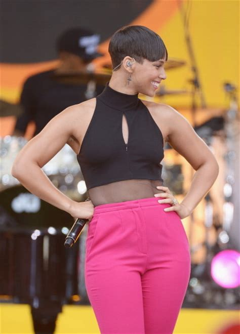 alicia keys new haircut welcome to nikkynaz blog alicia keys in pixie cut hit or
