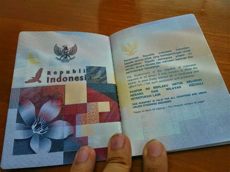 buat paspor baru di jakarta kelebihan wajah baru paspor indonesia