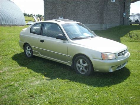 2002 Hyundai Accent Gs by 2002 Hyundai Accent Pictures Cargurus