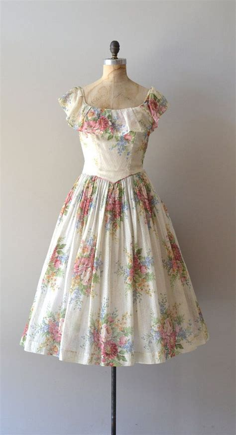 vintage 1940s dress floral 40s dress meadow s end