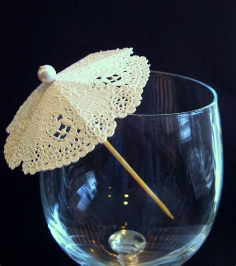 How To Make Paper Umbrella For Drinks - best 25 cocktail umbrellas ideas on paper