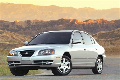 how to learn about cars 2006 hyundai elantra auto manual hyundai elantra 4 doors specs 2003 2004 2005 2006 autoevolution