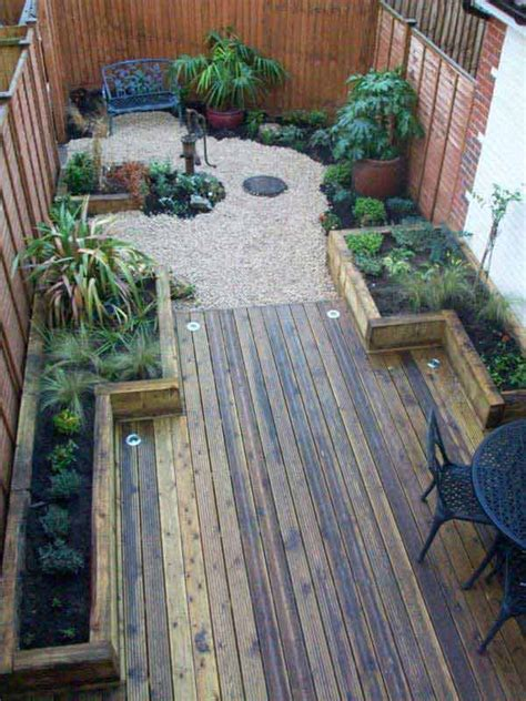 18 Clever Design Ideas For Narrow And Long Outdoor Spaces Small Narrow Backyard Ideas