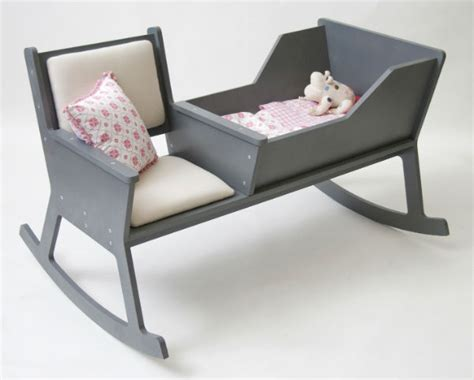 Rocking Chair With Cradle by Modern Rocking Chair With Integrated Baby Cradle Spicytec