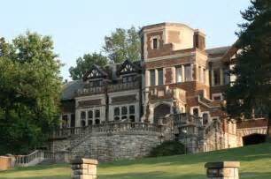 Missouri House this missouri house is among the most haunted places in