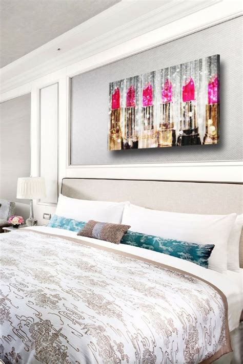 Glam Bedroom Wall Decor by Makeup Studio Images Bedrooms Livi On Bedroom Autism Ideas