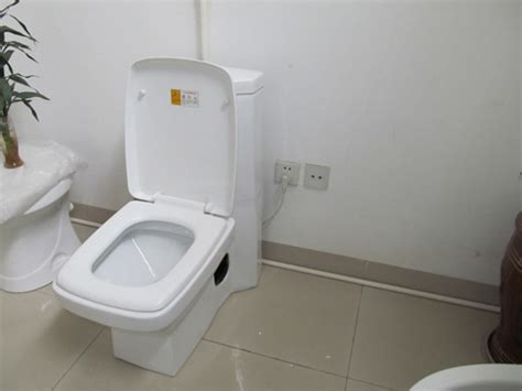 Electric Toilet by Electric Toilet Gallery