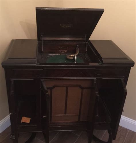 antique record player cabinet antique victrola phonograph shop collectibles daily