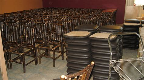 Restaurant Tables And Chairs Wholesale by Rustic Restaurant Furniture Rustic Restaurant Furniture