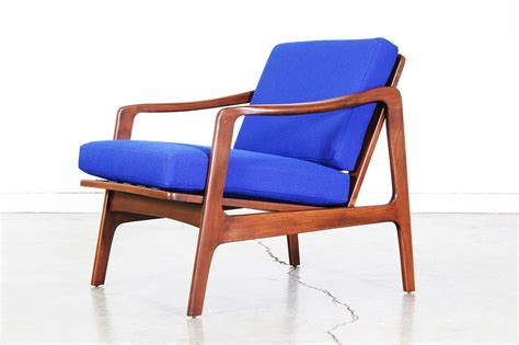 Midcentury Modern Lounge Chair by Mid Century Modern Walnut Lounge Chair Vintage Supply Store
