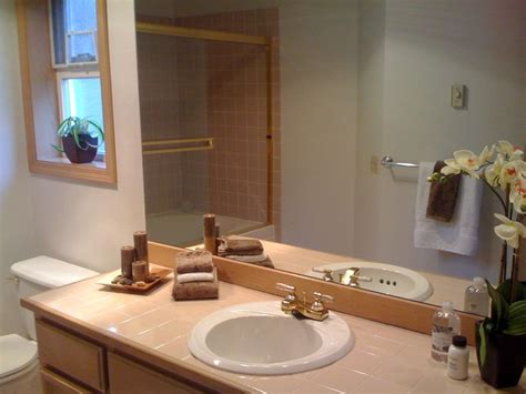 staging a small bathroom staging bathroom sell this house pinterest