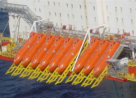 free fall boats norsafe lifeboats oil rig gcaptain
