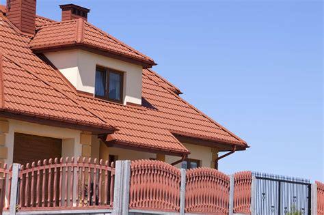 Tuile Maison donner un air contemporain 224 sa maison avec des tuiles en