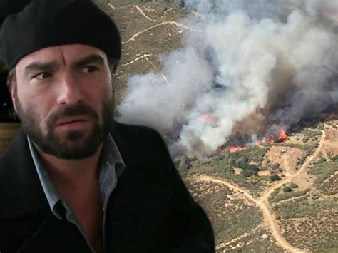 Johnny Galecki House by Big Bang Johnny Galecki S Home Burns In