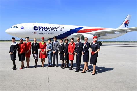 Malaysia Airlines One World Airbus A330 Passenger Airplane Metal Dieca oneworld aviationwa