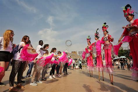 dragon boat university international students celebrate dragon boat festival 7