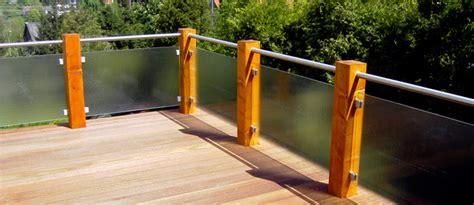 überdachung Terrasse Holz Glas by Balkon Sichtschutz Glas Holz