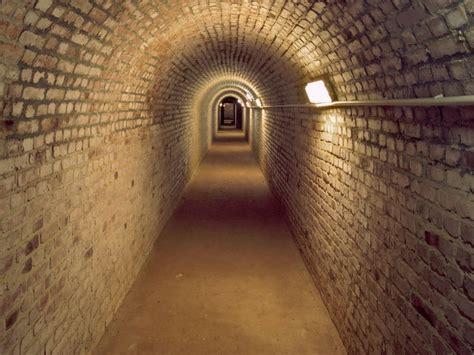 Len Zentrale by Castle Mountain Caves In Homburg Tourismus Zentrale