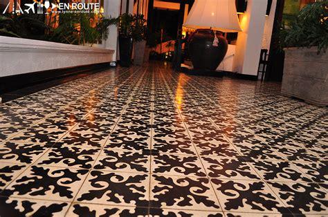 Tile. Restaurant Floor Tile