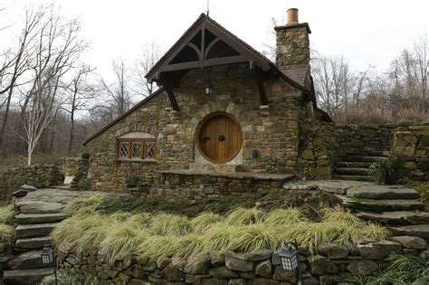 hobbit houses a hobbit house that would make bilbo baggins feel right at