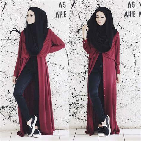 Dress Hitam Berenda Motif Bunga 10 fashion casual yang santai namun tetap modis