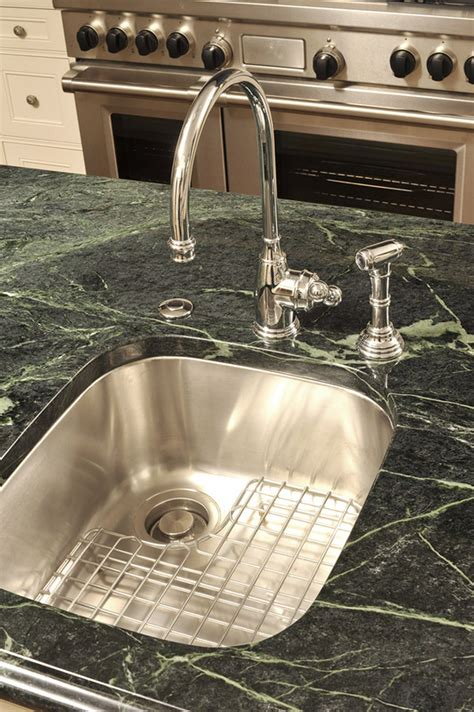 featured residential and serpentine countertop projects