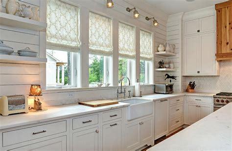 kitchen blinds and shades ideas raffrollos praktischer fenster sichtschutz f 252 r ihr zuhause
