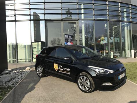 hyundai sponsorship sponsoring hyundai voiture officielle de l ogc