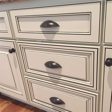 how to glaze white cabinets what is glazing bella tucker decorative finishes